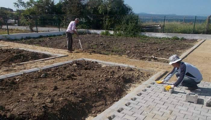 Görme Engelliler İlköğretim Okulu'na hobi bahçesi