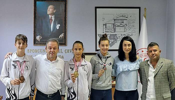 Taekwondoculardan İl Müdürüne Ziyaret