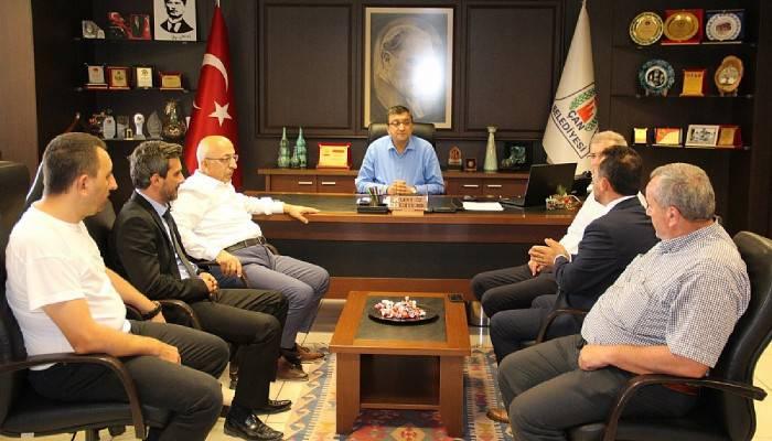 Çanakkale Onsekiz Mart Üniversitesi Rektörü Prof. Dr. Sedat Murat Çan'da ziyaretlerde bulundu