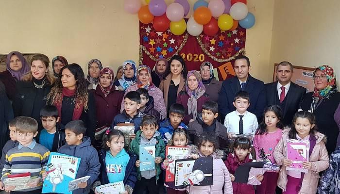 Ayvacık'ta 4 bin 16 Öğrenci Karne Aldı