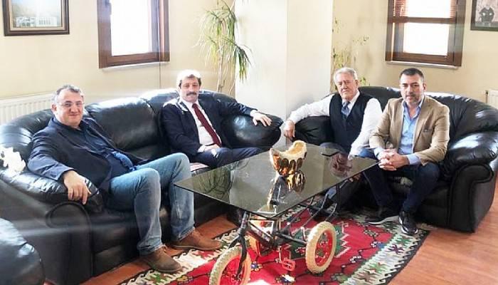 Vali Orhan TAVLI, Salcano Bisiklet Yönetim Kurulu Başkanı Salih Akgül'ü Ziyaret Etti
