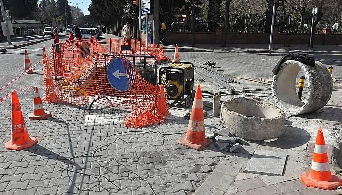 Eski Alman sokağında alt yapı çalışması