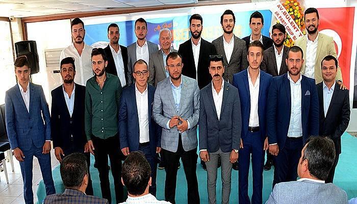 AK Parti Lapseki'de Gençlik Kaya'ya emanet