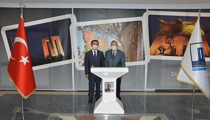 Eski Başbakan Akbulut, Vali Aktaş'ı ziyaret etti