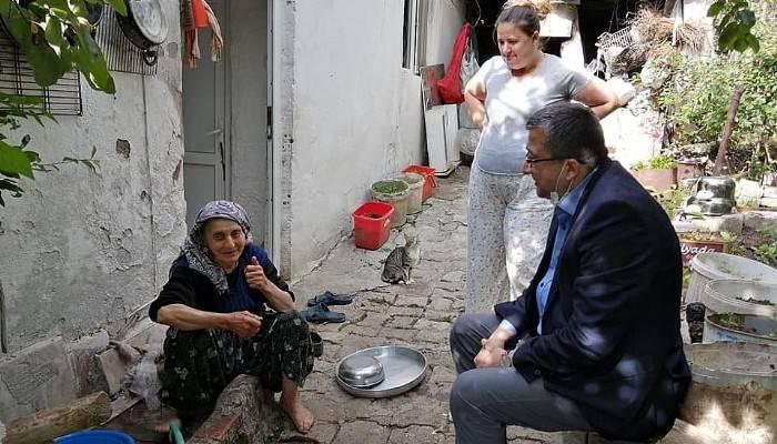 Başkan Öz, vatandaşların sorunlarını dinledi