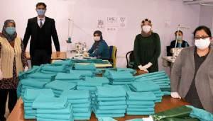 BİGA'DA 645 BİN TEK KULLANIMLIK MASKE ÜRETİLDİ