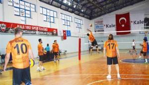 Milli Mücadelenin 100. Yılı etkinlikleri Kapsamında Düzenlenen Voleybol Turnuvası Başladı