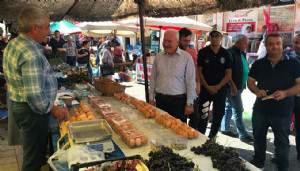 Başkan Yılmaz, Halk pazarında