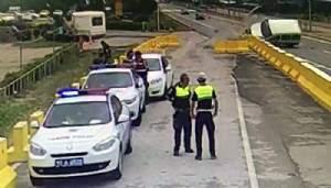 Polis uygulama noktasında kaza (VİDEO)